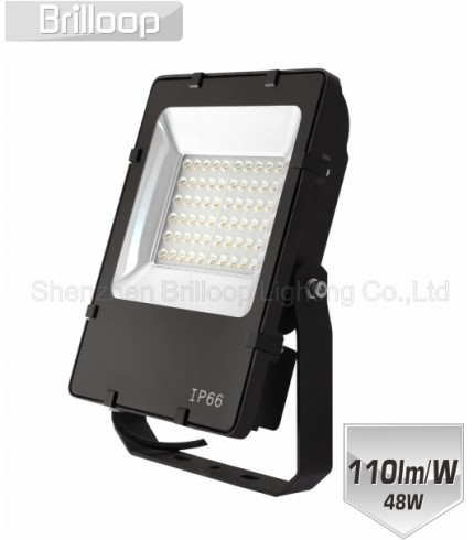 05 - ASYMMETRIC FLOODLIGHT